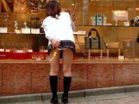 ちょーみじけー!!尋常じゃなく短いスカートの女子高生がやばい…痴女もびっくりミニスカ画像
